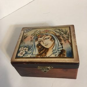 Rare Vintage Leather Jewelry Box!